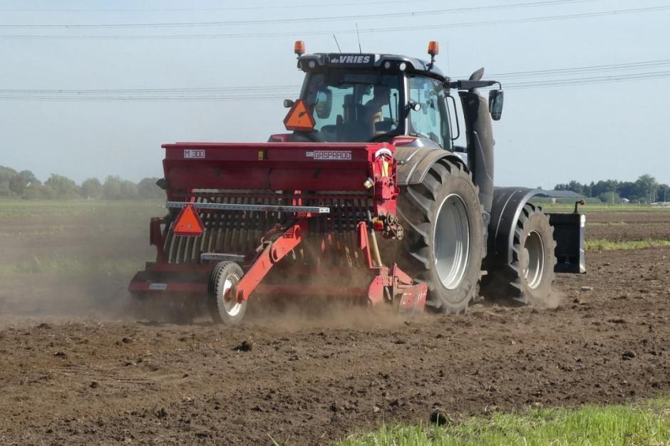 Raport NIK na temat ośrodków doradztwa rolniczego: fachowcy odchodzą przez niskie płace