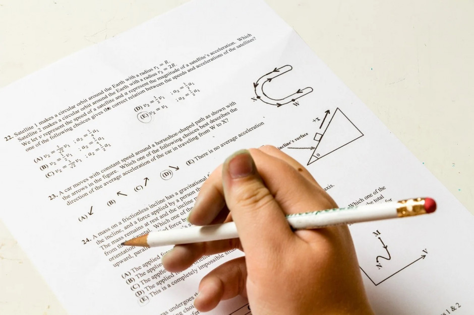 Matura: Na matematyce m.in. funkcje, równania i nierówności, figury geometryczne