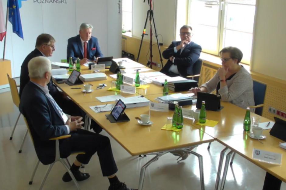 Radni udzielili absolutorium staroście poznańskiemu