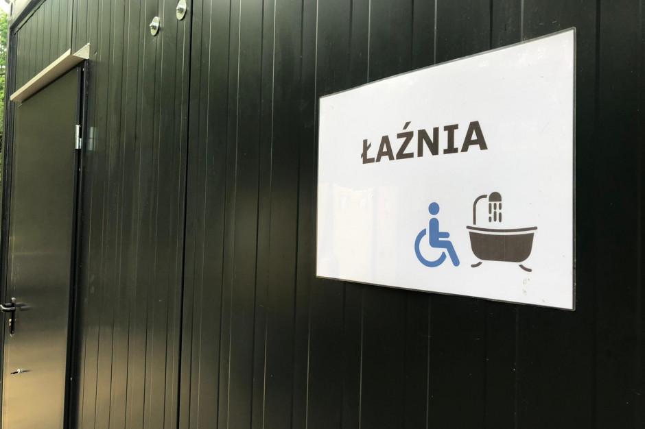 W Łodzi powstała mobilna łaźnia dla osób w kryzysie bezdomności