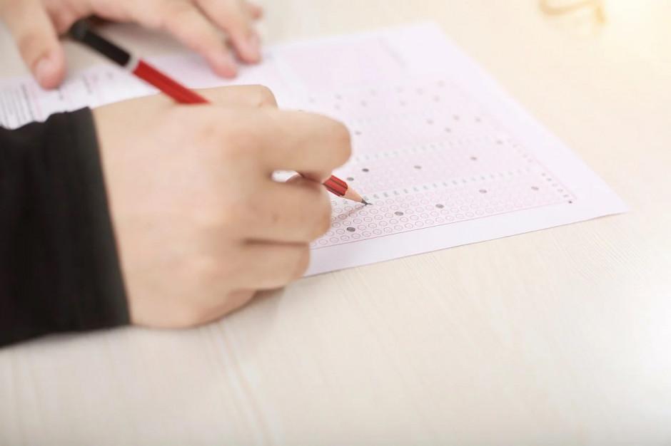 Mazowieckie: Z powodu koronawirusa nie odbył się egzamin ósmoklasistów w Gielniowie