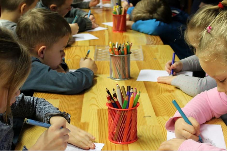 Wymagania przeciwpożarowe dla przedszkoli w szkołach podstawowych. Samorządy chcą więcej czasu