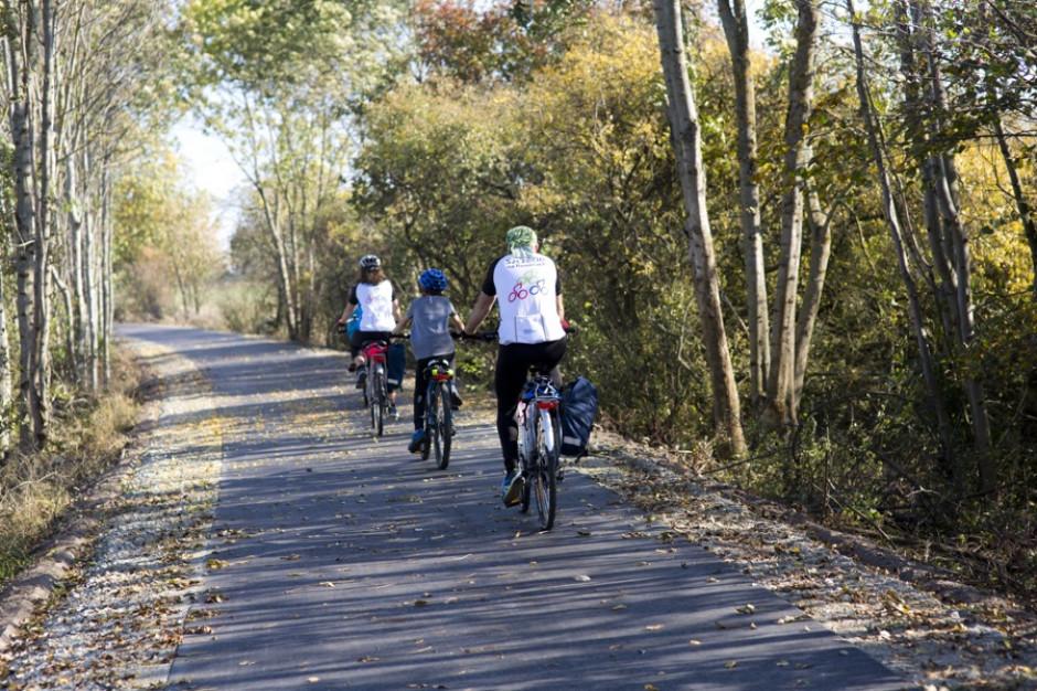 Inwestycje w szlaki rowerowe na Pomorzu Zachodnim. Ogłoszono kolejny przetarg