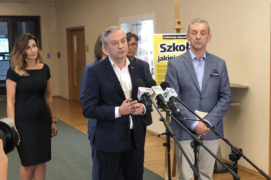 Biedroń po spotkaniu z szefem ZNP zadeklarował powołanie Rady Edukacji Przyszłości