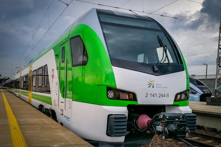 Koleje Mazowieckie odebrały pierwsze pociągi typu Flirt. Mówią o skoku cywilizacyjnym