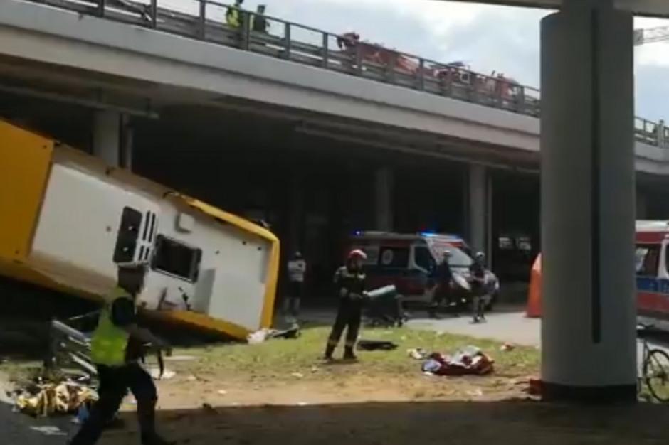 Wypadek autobusu w Warszawie: Czarna skrzynka pozwoli odtworzyć, co się wydarzyło