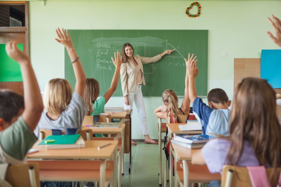 Piontkowski: Nie widzę możliwości, by samorząd nie miał pieniędzy na podwyżki dla nauczycieli
