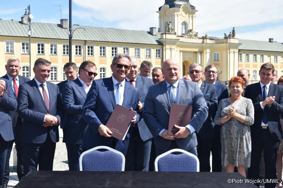 Pałac i centrum Radzynia Podlaskiego do remontu