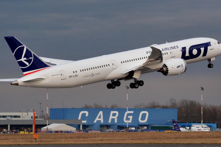 LOT: Pełna siatka lotów wakacyjnych dostępna z Warszawy