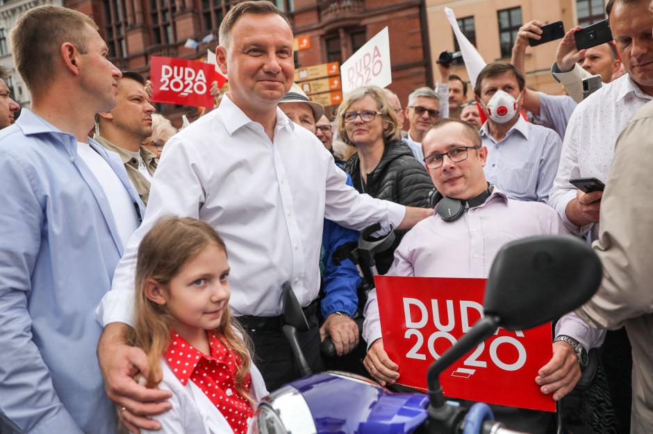 Wybory prezydenckie: Duda wygrywa w 13 województwach, Trzaskowski w trzech