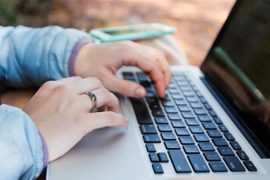 KAS: wniosek o zaświadczenie o niezaleganiu w podatkach można złożyć online