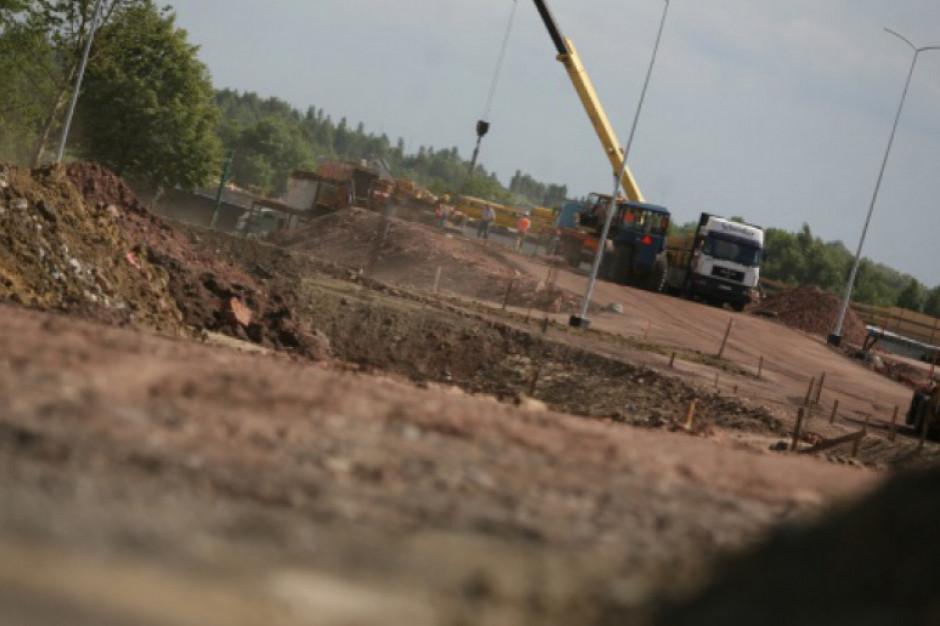 Minister infrastruktury zatwierdził 16 inwestycji drogowych o wartości prawie 40 mln zł