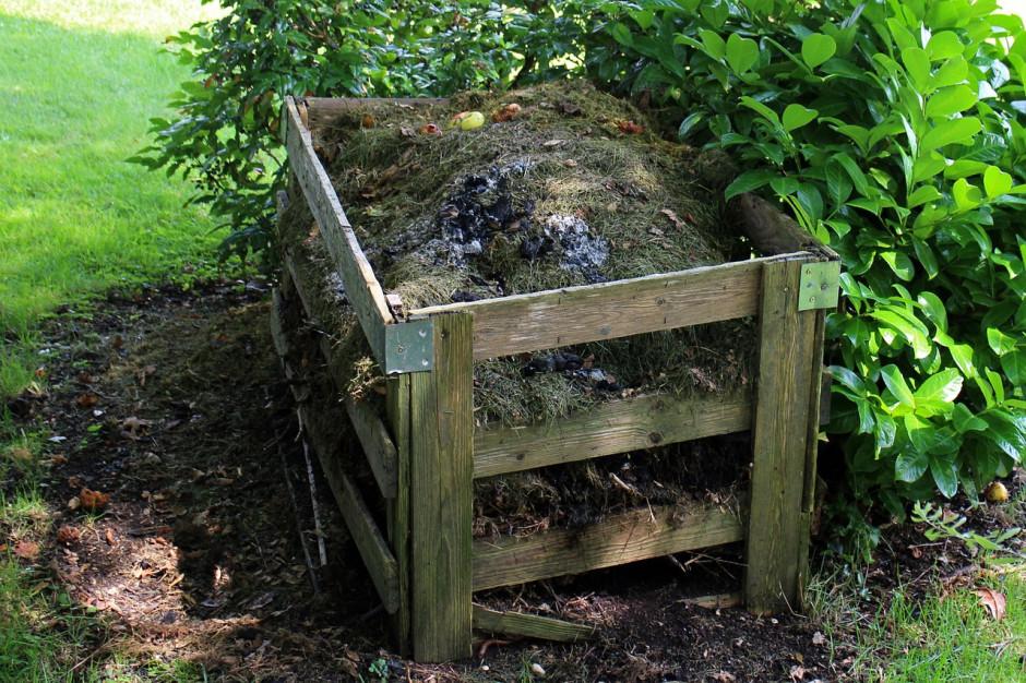 Zniżki za kompostowanie ciągle budzą wątpliwości. Ulga od złotówki do 9,5 zł