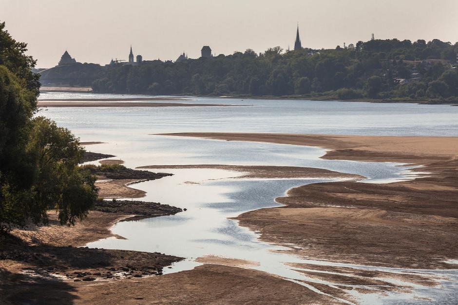 """Duże zbiorniki retencyjne i """"drogi wodne"""" pogłębią kryzys klimatyczny. Jest apel do premiera"""