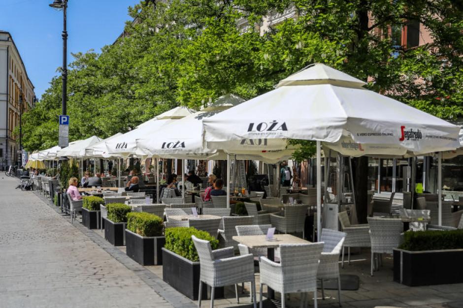 Krakowskie ogródki kawiarniane nadal na ulgowych warunkach