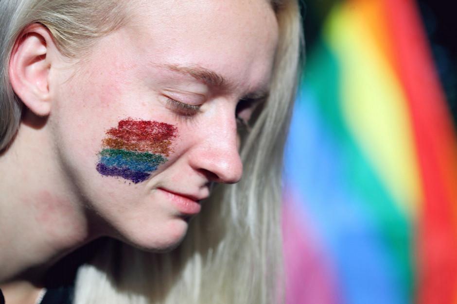 """RPO zaskarży decyzję sądu ws. uchwały o """"przeciwdziałaniu ideologii LGBT"""""""