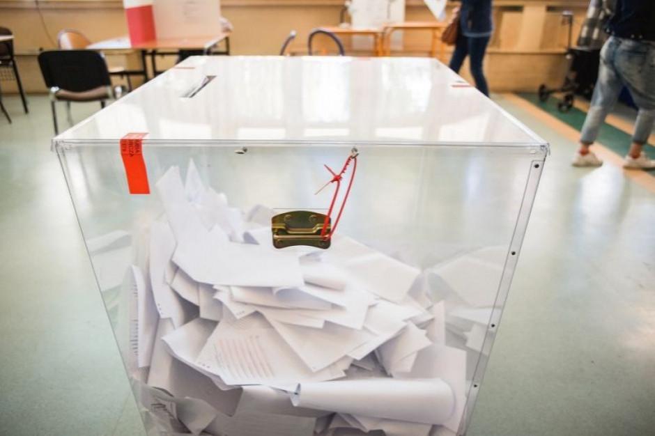 Pakiet wyborczy w dniu głosowania można wrzucić do urny