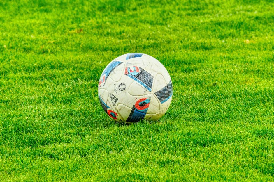 Lubuskie: Urząd marszałkowski sfinansuje nawadnianie boisk piłkarskich