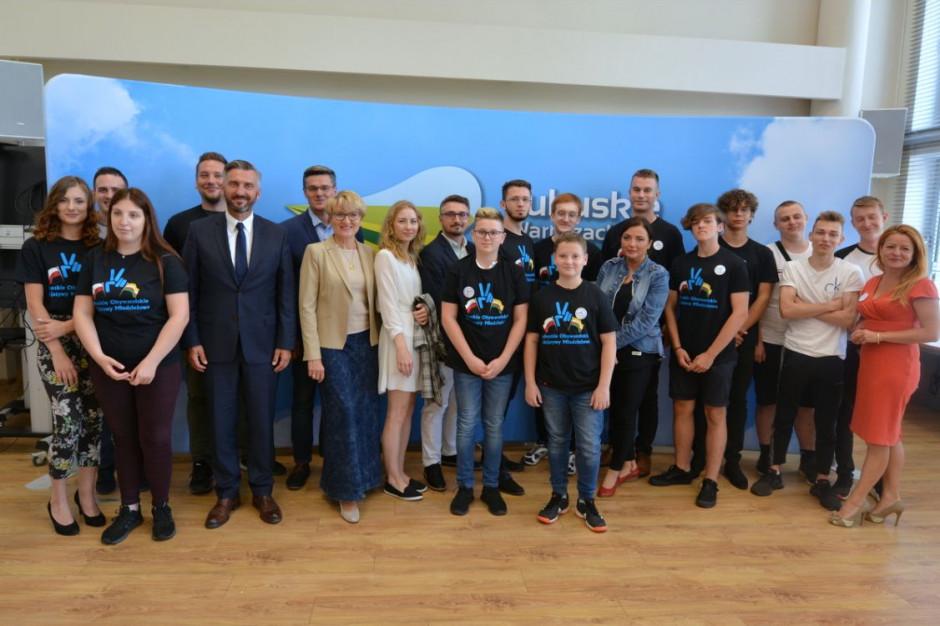 Lubuskie: Ponad 1000 umów na inicjatywy młodych w regionie