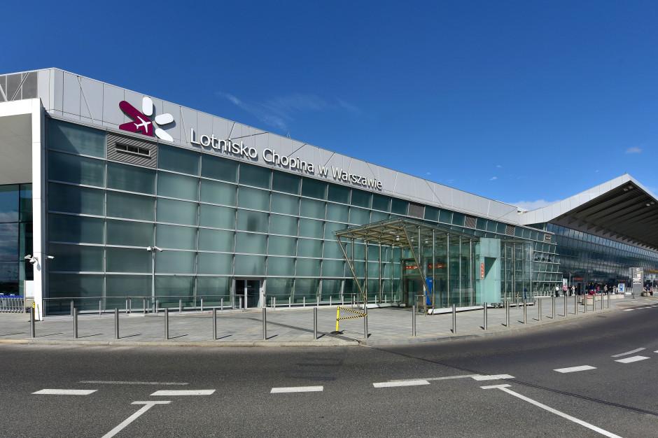 Lotnisko Chopina: 97,4 proc. pasażerów mniej niż rok wcześniej