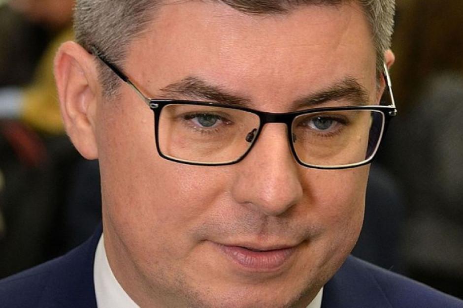 Rzecznik PO: Będziemy namawiać Trzaskowskiego, by nie wracał do ratusza na cały etat