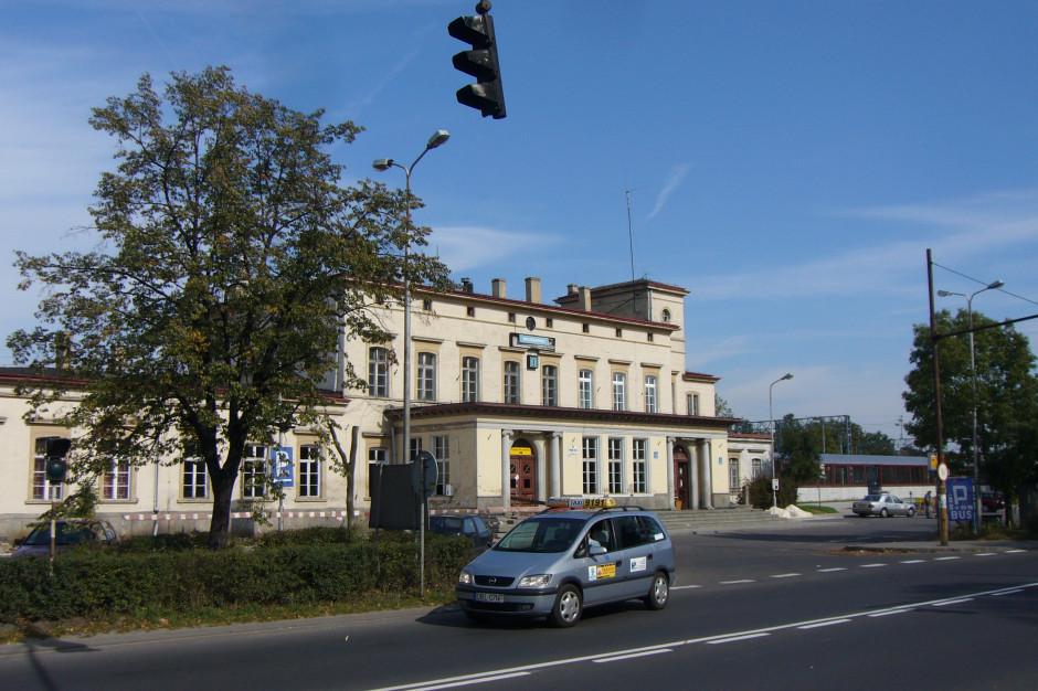 W Bolesławcu uruchomiono dworzec tymczasowy