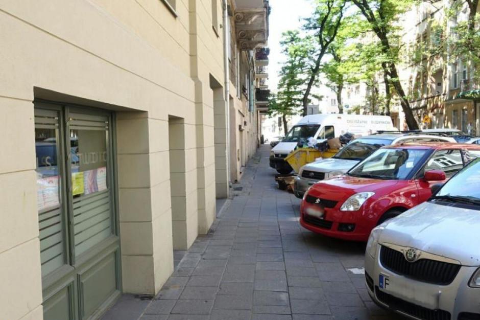 W Poznaniu strefa płatnego parkowania na Wildzie i Łazarzu dopiero od 2021 r.