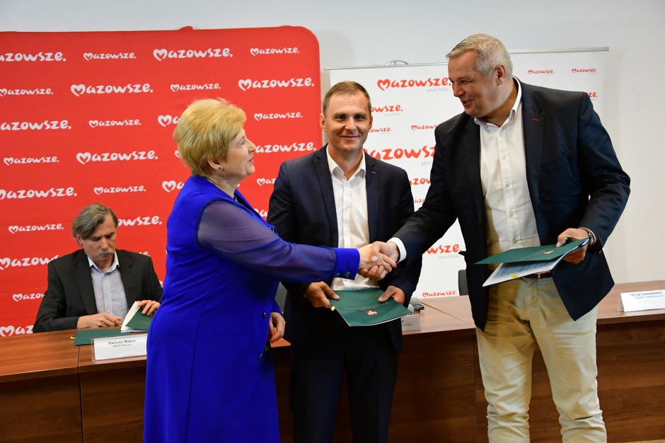 Mazowsze dofinansuje inwestycje drogowe w Szulmierzu, Błoniu i Nadarzynie