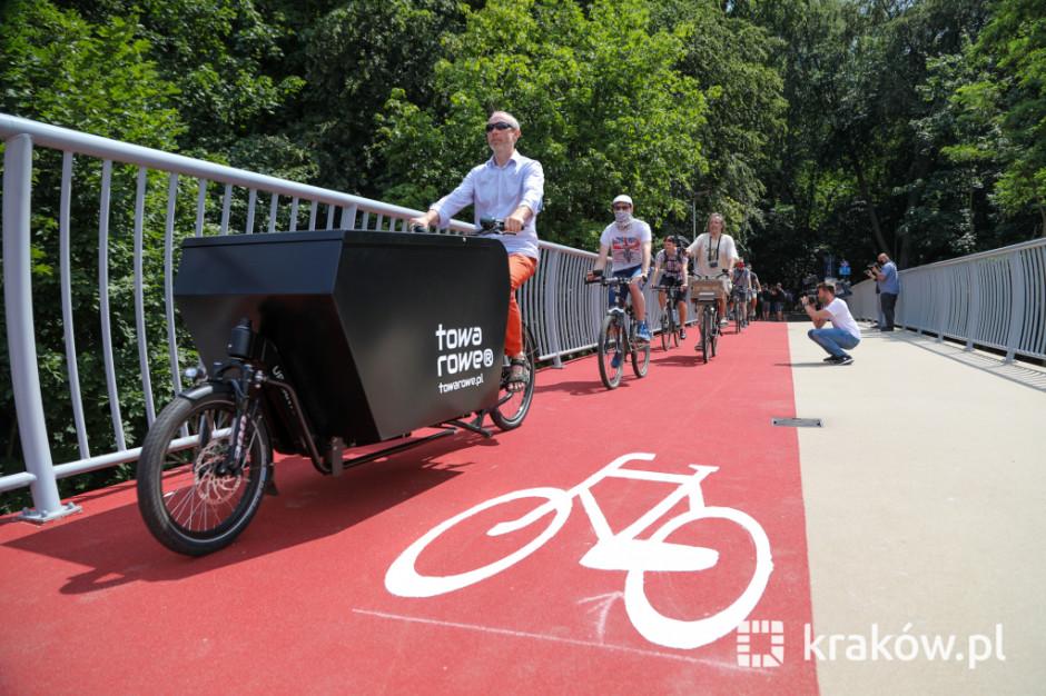 """Otwarcie najdłuższej kładki w Krakowie. """"Mamy prawie 235 km infrastruktury rowerowej w mieście"""""""