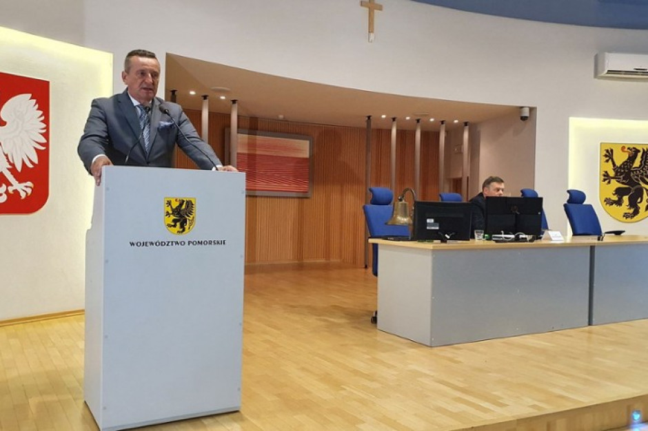 Sejmik pomorski krytycznie o przejęciu Grupy Lotos przez PKN Orlen