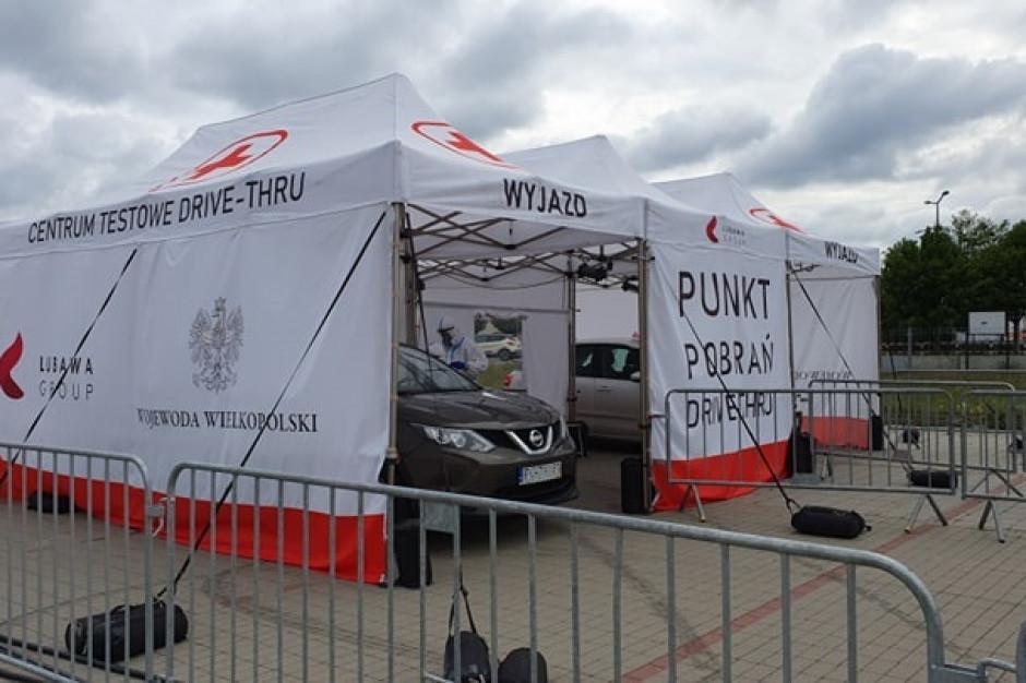 Wielkopolskie: Od czwartku rejestracja chętnych do badania w drive-thru w Koninie