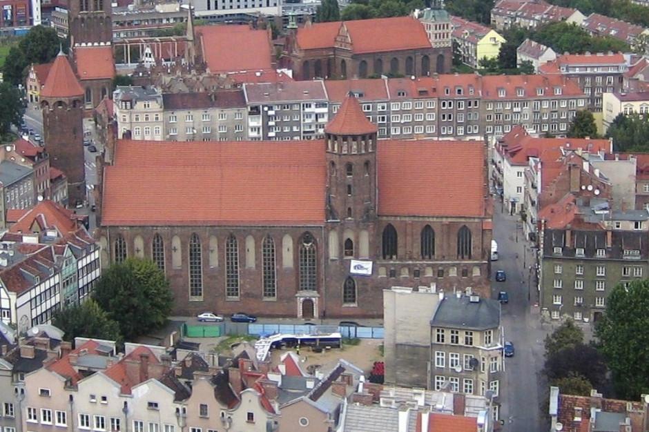 Gdańsk: Po 21 miesiącach bazylika św. Mikołaja otwarta dla wiernych