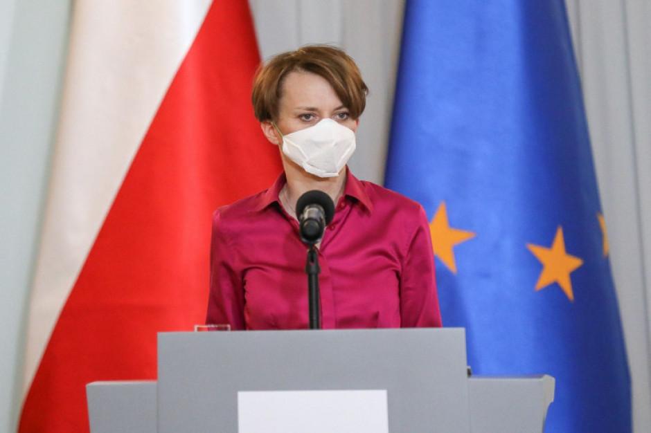 Jadwiga Emilewicz : Polityka miecza, czyli stawiamy na inwestycje