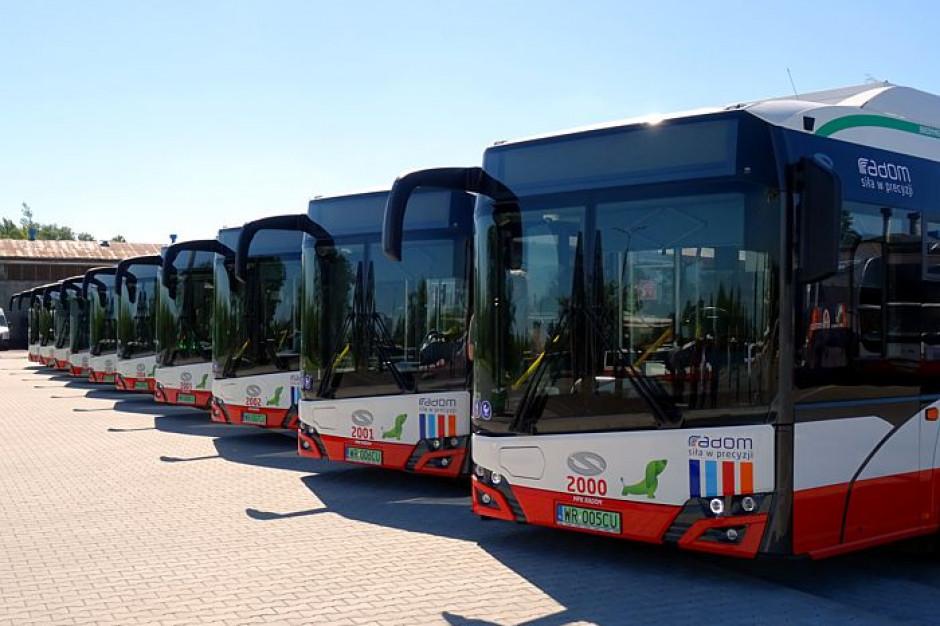 Radom: Komunikaty głosowe przypominają o maseczkach w autobusach