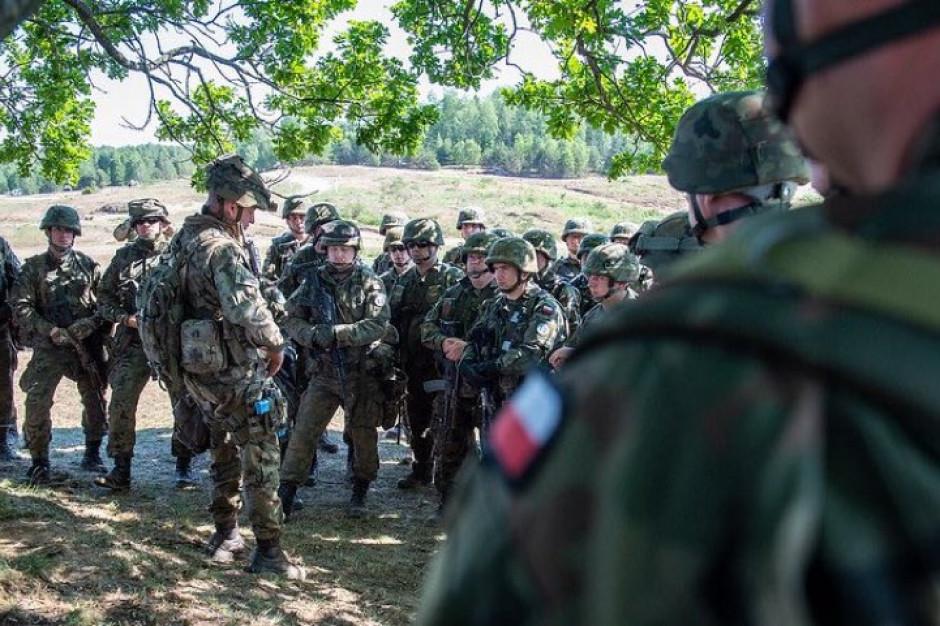 Błaszczak: dziękuję żołnierzom za codzienne stanie na straży bezpieczeństwa Polski