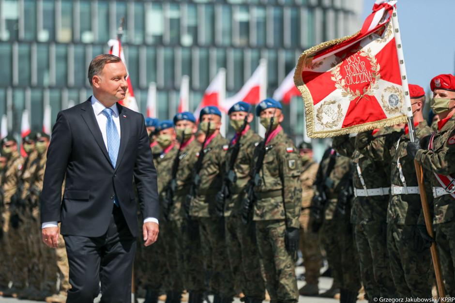 Prezydent Duda złożył wieniec przed pomnikiem marszałka J. Piłsudskiego