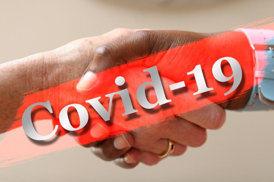 Proboszcz parafii zakażony Covid-19; Sanepid prosi wiernych o kontakt