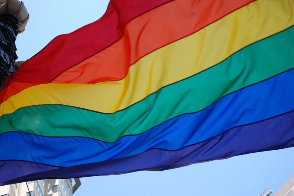 Ordo Iuris zbiera podpisy pod petycją. Chodzi o strefy wolne od LGBT