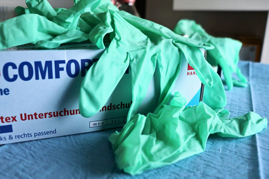 Koronawirus. 767 nowych zakażeń koronawirusem, zmarło kolejne 12 osób