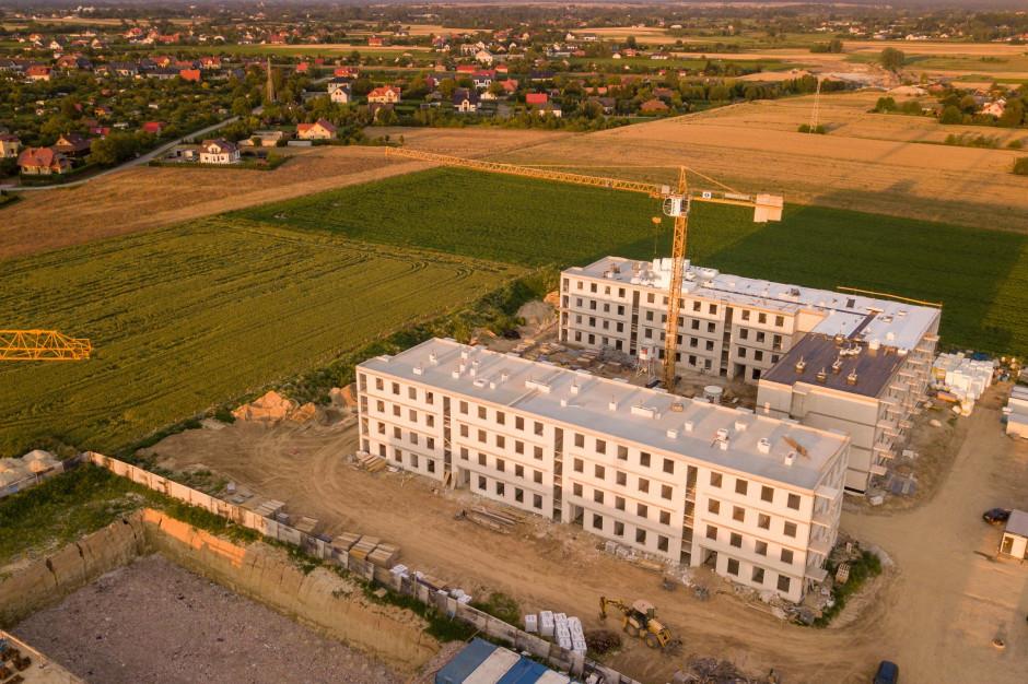 Mieszkanie Plus w Świdniku niemal na półmetku
