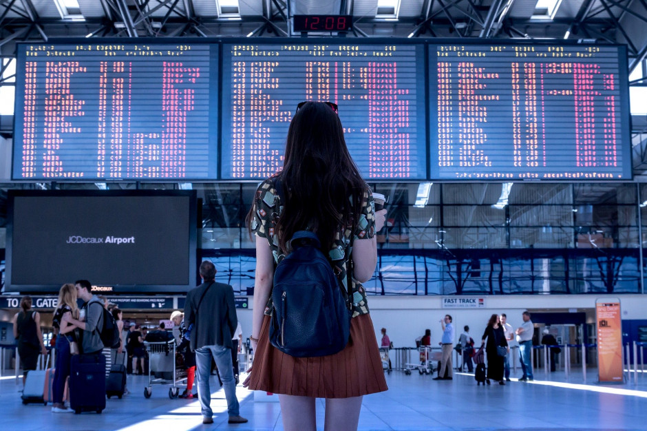 Koronawirus. Belgia, Hiszpania, Rumunia czy Indie z zakazem lotów z Polski