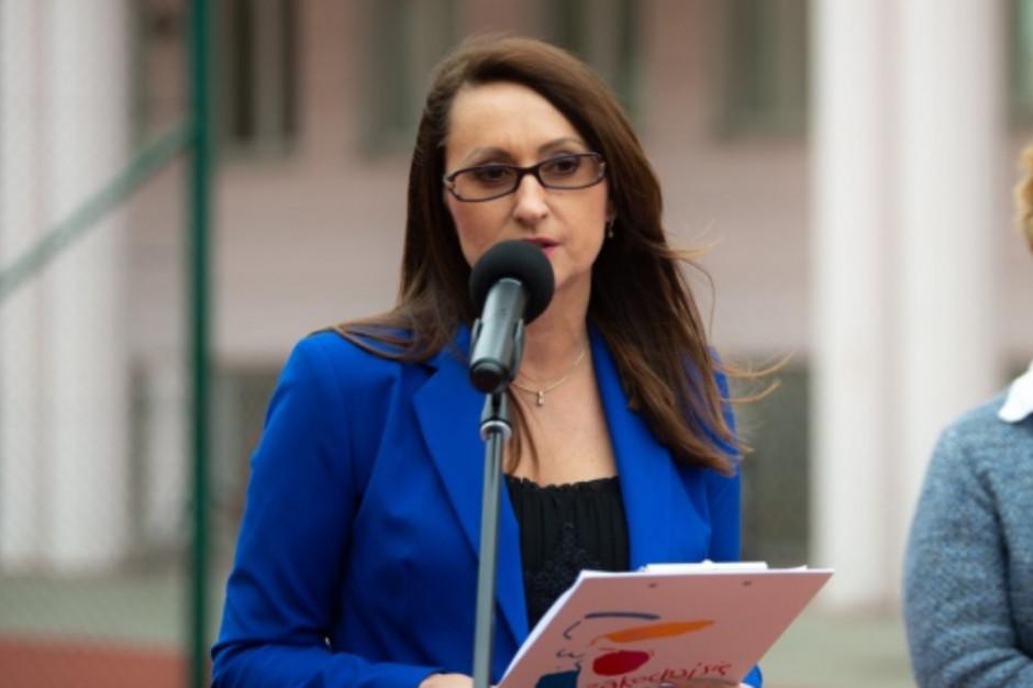 Kaznowska: Wytyczne ministerialne dla szkół są dziurawe jak sito