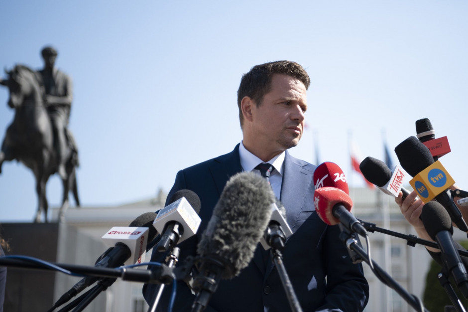 Trzaskowski: Minister edukacji próbuje przerzucać część odpowiedzialności na samorządy
