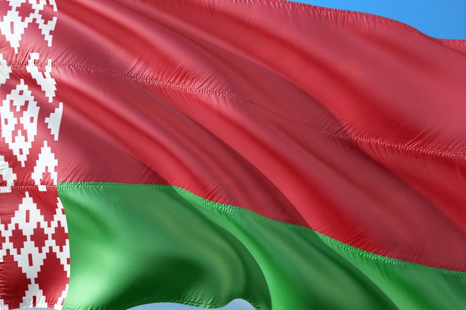 Warszawa: Radni przyjęła stanowisko wyrażające solidarność z Białorusią