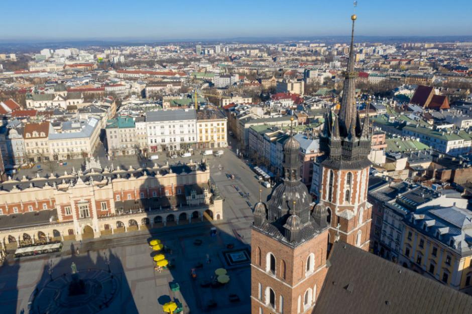 Kraków w żółtej strefie. Władze apelują o stosowanie się do obostrzeń