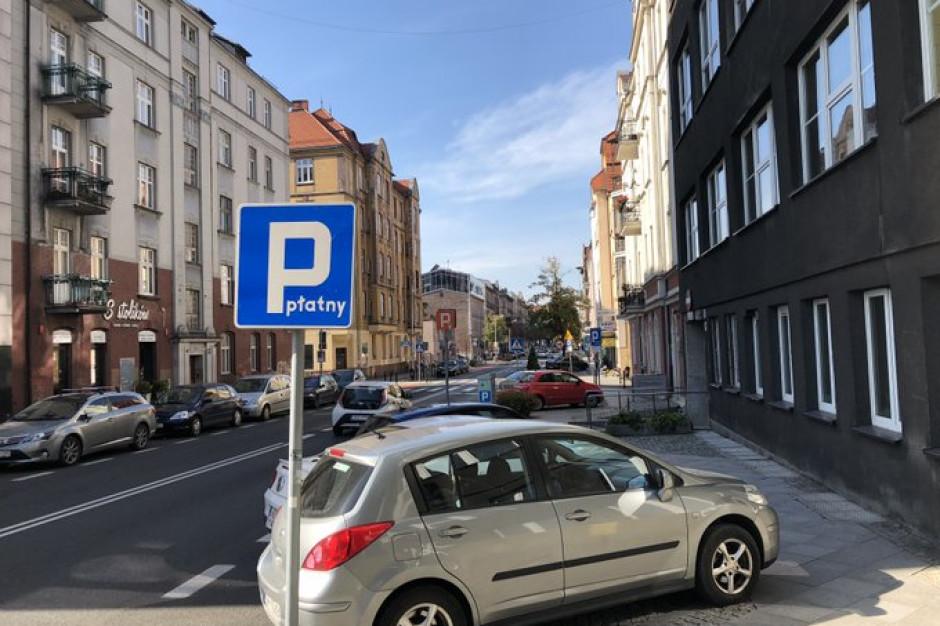 Katowice: Od 4 września zmiany w strefie płatnego parkowania