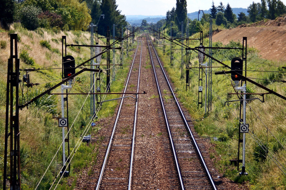 Dolnośląskie: Wybrano pięć kolejowych projektów - kluczowych dla rozwoju sieci