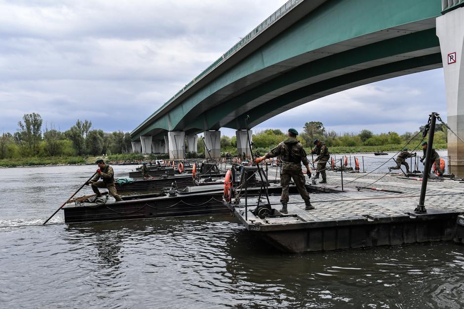 Wojsko postawi most pontonowy na Wiśle. Nadzór i koszty po stronie miasta