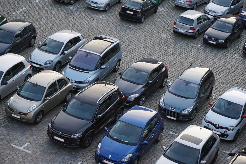 Katowice: Smart parkowanie z aplikacją