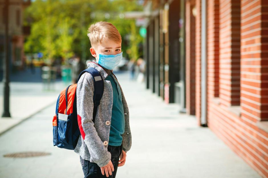 Rodzice boją się, że ich dziecko zarazi się koronawirusem w szkole